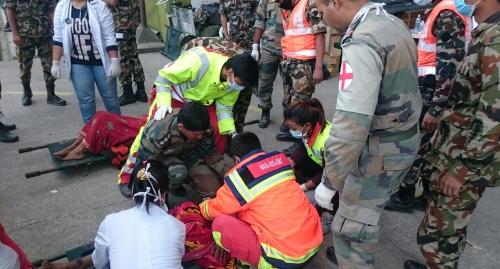 """Zusammen mit der """"Regio"""" in Nepal helfen"""